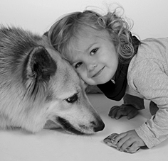 Hund-&-Kind-by-Rosemarie-Hofer
